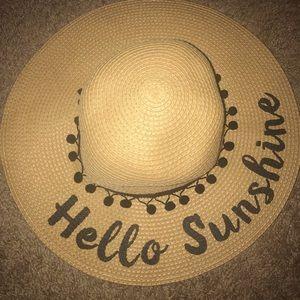 Accessories - Perfect sun hat